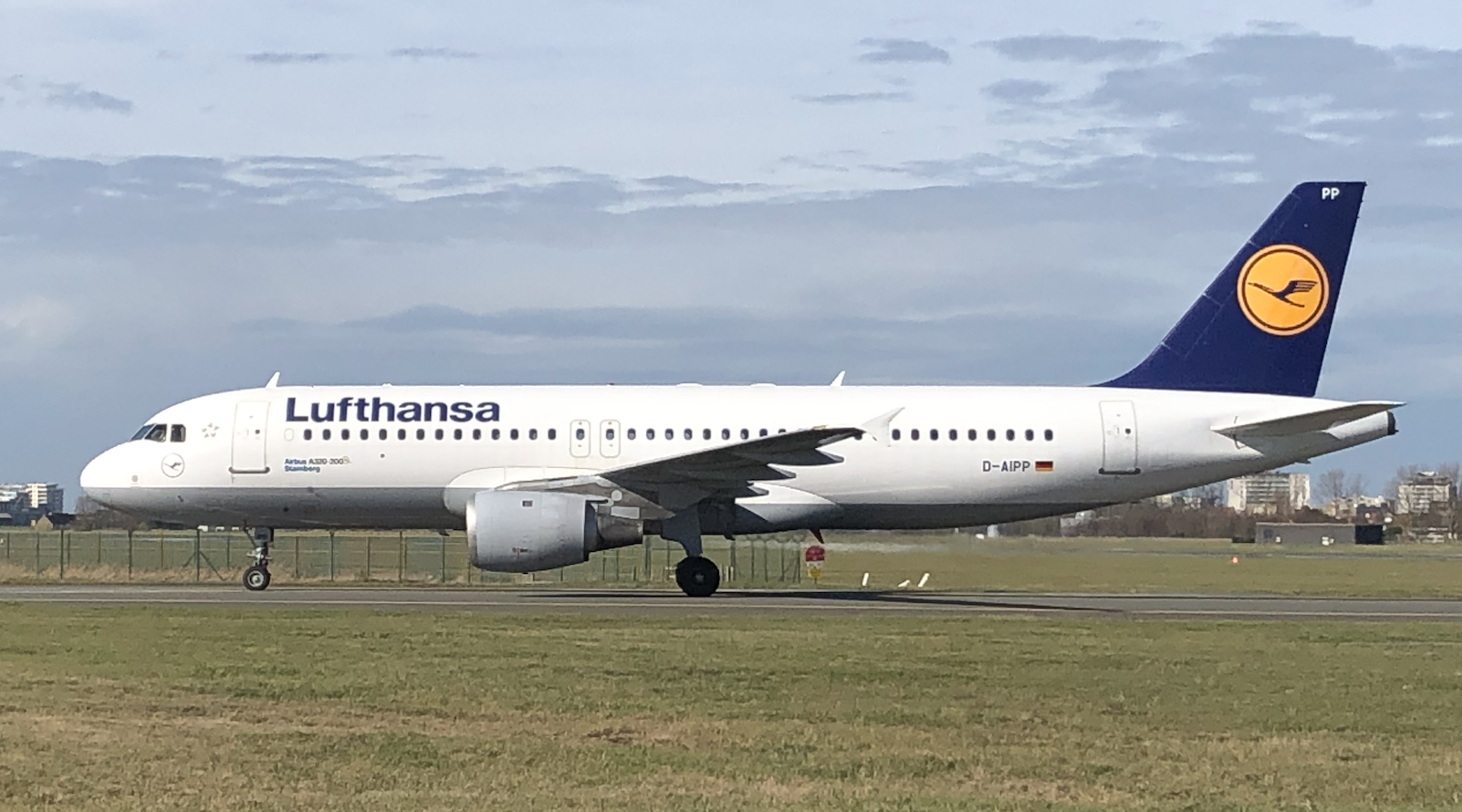 Aerocircular Welcomes First Of Seven A320 From Lufthansa Group To Be Dismantled At Ostend Airport